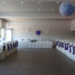 Poročni aranžma v vijolično-modrem
